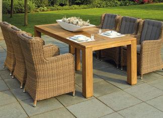 Jak wybrać meble ogrodowe? Drewniane, metalowe, rattanowe - jakie meble do ogrodu?